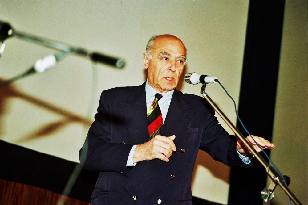 9 марта в возрасте 96 лет умер знаменитый актер театра и кино Владимир Этуш.
