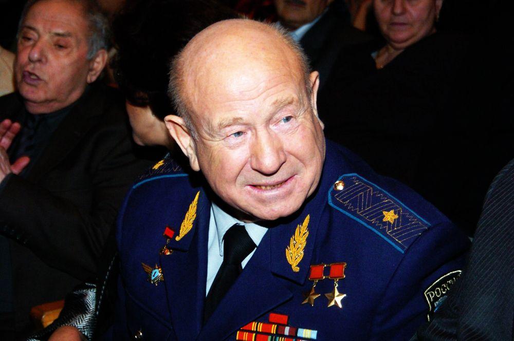11 октября на 86-м году жизни скончался космонавт Алексей Леонов, первый человек в истории, вышедший в открытый космос.