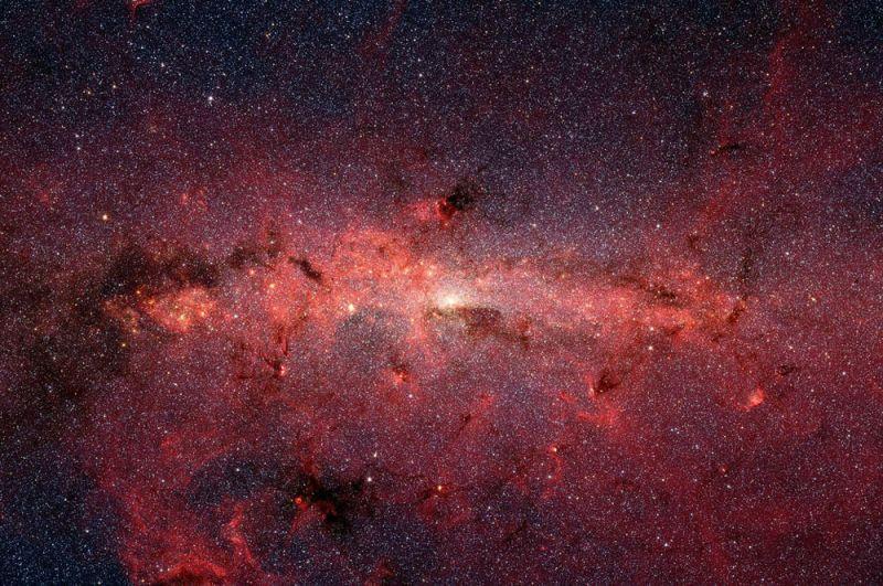 Центр Млечного Пути. Изображение получено с помощью телескопа Spitzer.