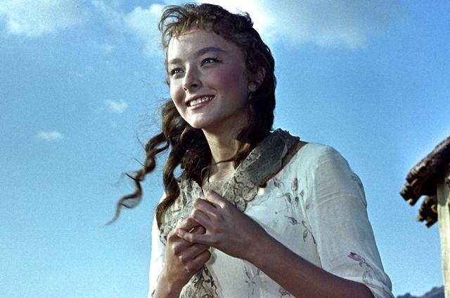 Анастасия Вертинская в фильме «Алые паруса», 1961 год.