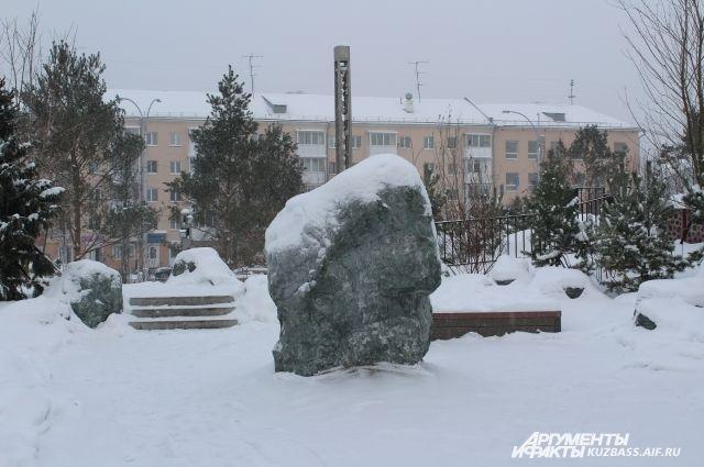 «Быстростройкой» года стал парк Ангелов в Кемерове на месте сгоревшего ТЦ «Зимняя вишня».