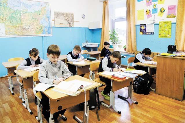 В сельской школе учатся 36 детей (с 1 по 9 классы) и работают восемь педагогов.