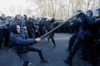 Стычки под Верховной Радой: полиция готовит подозрения трем активистам