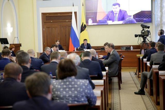 Новую транспортную схему обсудили на заседании правительства области.