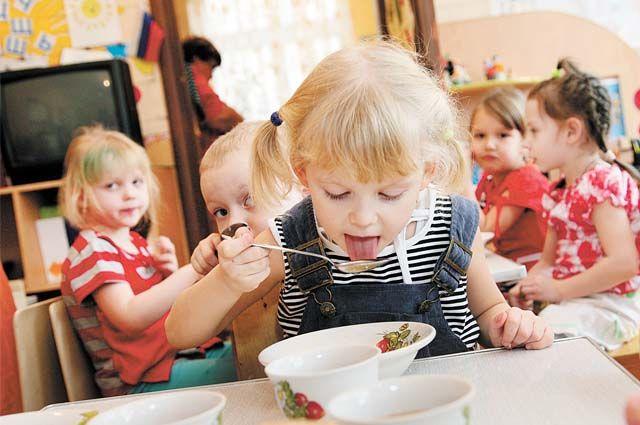 С 1 января 2020 г. в республике изменится средний размер родительской платы за присмотр и уход за детьми в государственных и муниципальных детских садах.