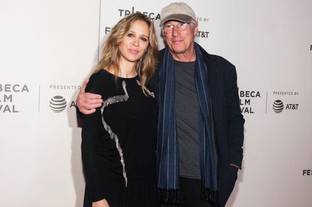 Актер Ричард Гир стал отцом во второй раз. Второго сына ему подарила супруга, журналистка Алехандра Сильва.