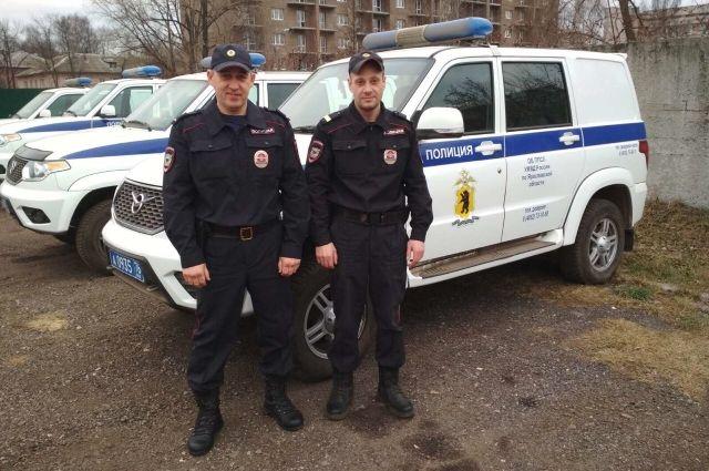 Лейтенант полиции Александр Разживин (слева) и старший сержант полиции Дмитрий Останин решили действовать, не дожидаясь оперативных служб.