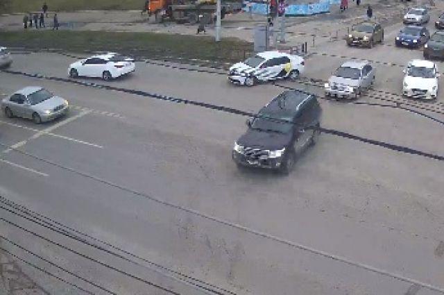 Кадр с камеры уличного видеонаблюдения