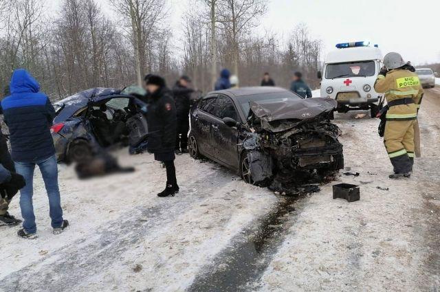 Две женщины погибли в массовой аварии на трассе «Игра-Глазов»