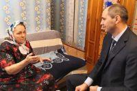 Губернатор Оренбуржья Денис Паслер встретился с героем освоения целины.