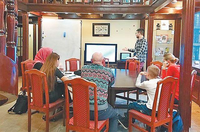 В интерактивной лекции участвовали и дети, и пенсионеры.