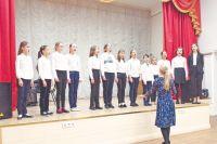 Учащиеся музыкальной школы регулярно выступают на самых разных площадках, но особенно любят бывать в пансионате ветеранов войны.