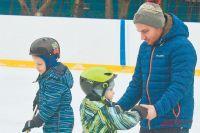 Во Внукове три катка – один сискусственным льдом идвасестественным.