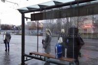 Вандалы во Львове разгромили четыре остановки за одну ночь