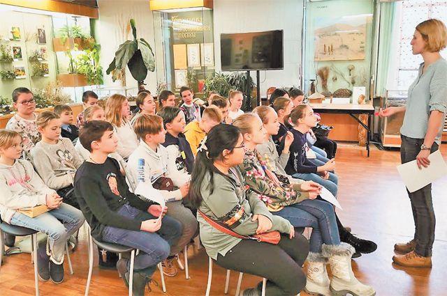 Проект включает в себя лекции, мастер-классы и различные семинары, на которых московские школьники могут перейти от теории к практике.