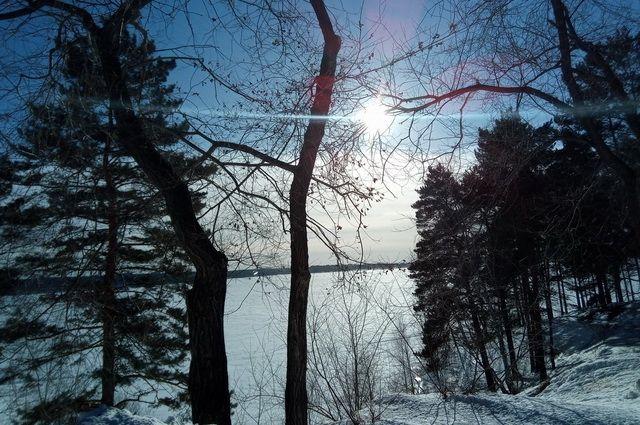 Уже в четверг, 25 декабря, температура воздуха опустится до -25° днём, и до -30° ночью