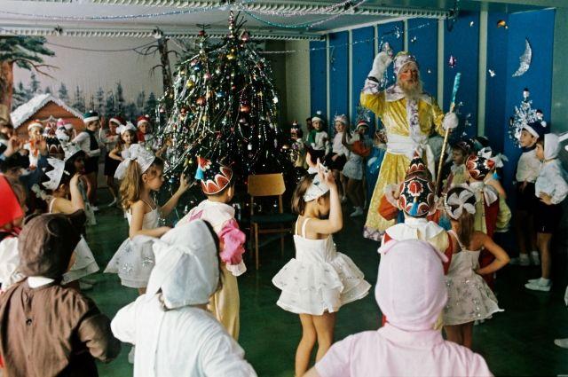 В СССР самыми популярными в Новый год были костюмы зайчика и снежинки.
