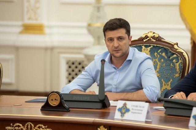 Зеленский подписал закон о предоставлении добровольцам статуса УБД