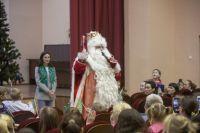 Дед Мороз принес счастье в Санкт-Петербург.