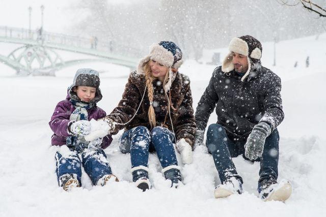 Зимние забавы и северные промыслы удерживают людей в регионе.