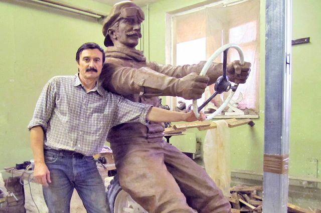 «Памятник автомобилисту» стал одним из самых любимых у волгоградцев и гостей города.