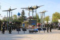 В Киренске установили мемориал участникам героического перегона Аляска - Сибирь.