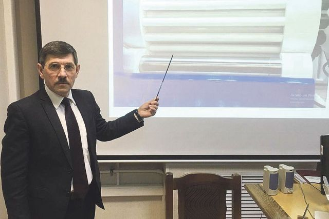 Андрей Нищев: «Наш завод развивается, модернизируя производства, запускает проекты, выходит на новые рынки сбыта».