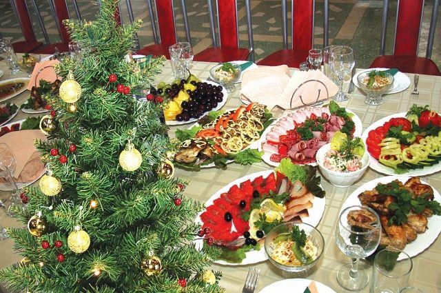 Из новогоднего меню нужно исключить жареное и жирное мясо.