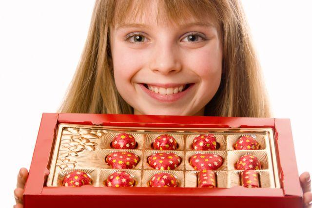 Шоколадный передоз. Чем опасен для детей избыток сладкого под Новый год?