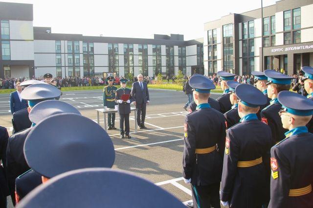 Посвящение в кадеты воспитанников Президентского кадетского училища.