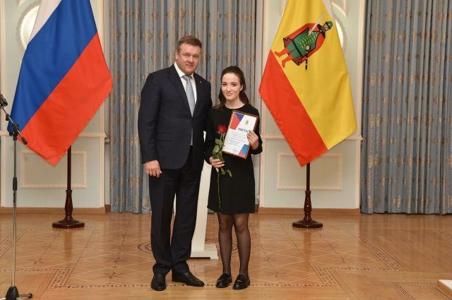 Для Анастасии Буровой эта награда – стимул стремиться вперёд и дальше развиваться в профессии.