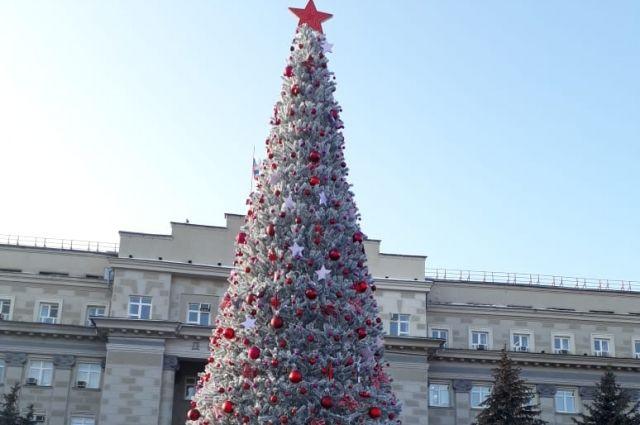 Открытие елки состоится 27 декабря в 19.00.
