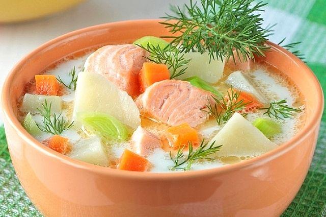 Финский рыбный суп обычно готовят с добавлением сливок.