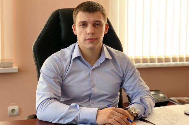 Александр чуть больше года возглавляет администрацию поселка Половинка