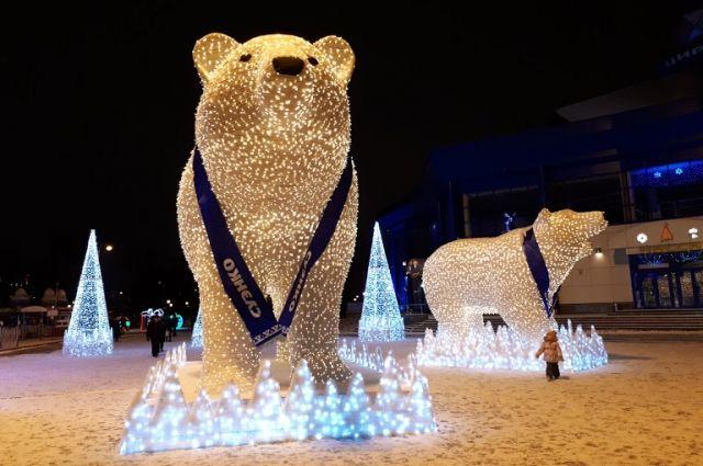 Тюменцы дали имена белым медведям на Цветном бульваре