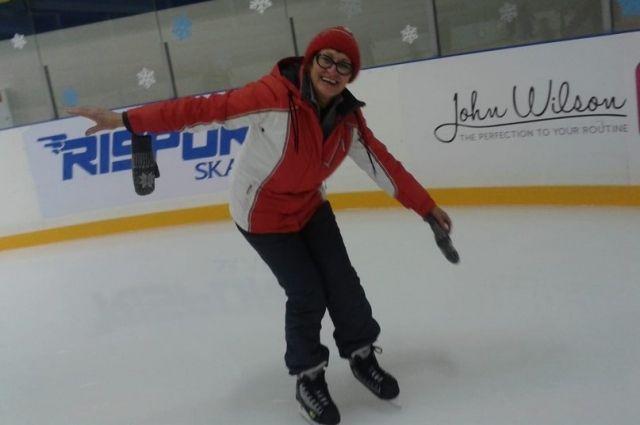 Тюменских пенсионеров приглашают бесплатно покататься на коньках
