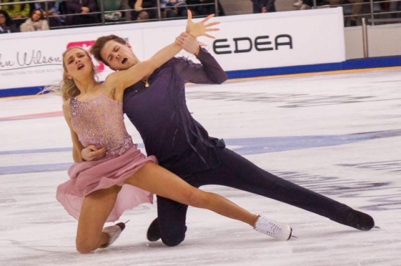 В танцах на льду победителями стали Виктория Синицина и Никита Кацалапов.