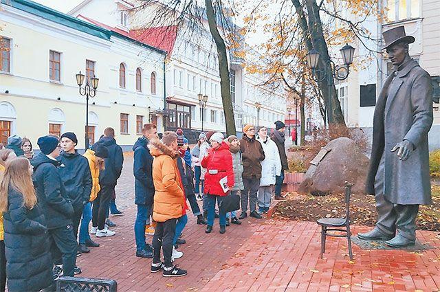 Ученики школы № 2097 на экскурсии в Витебске.