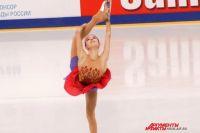 Анна Щербакова, набрав рекордные баллы за произвольную программу, стала чемпионкой.