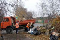 Регоператор будет вывозить не весь крупногабаритный мусор, а только тот, который образовался внутри жилого помещения. То есть ветки, строительные отходы и прочее в этот список не попадают.