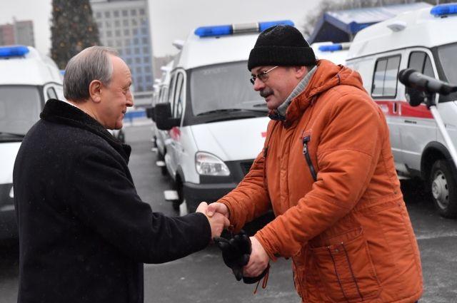 Медики получили от Валерия Радаева новые машины «скорой помощи»