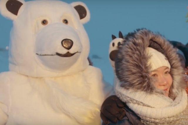 В Новом Порту сняли клип на «Песню о медведях»