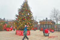 В районе украсили 4 площадки для праздничных гуляний.