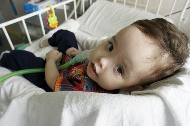 Лёва Ташкинов два года живёт в больнице и ещё не виделся со своим братом-двойняшкой Лёней.