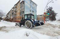 За сутки с дорог и дворов по области вывезли более 6 тыс. кубометров снега.