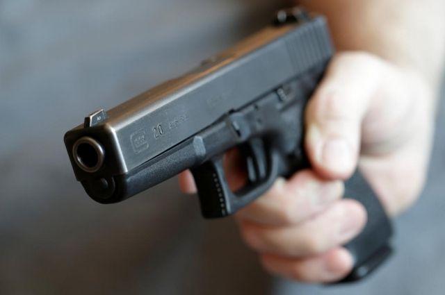 В Киеве компания избила мужчину и выстрелила ему в голову. Фото иллюстративное.