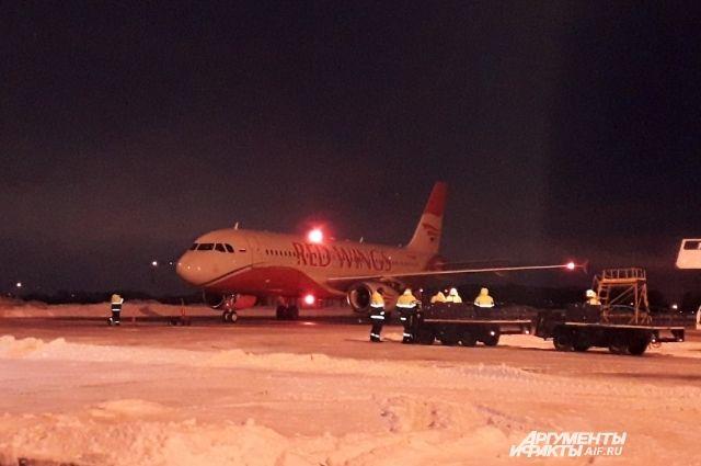 Самолёт приземлился в Перми примерно в 8.45.
