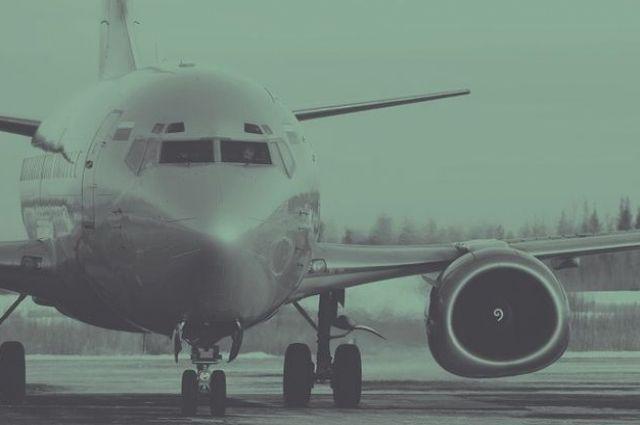 Самолет вернулся в аэропорт из-за плохого самочувствия и ухудшения состояния пассажира.