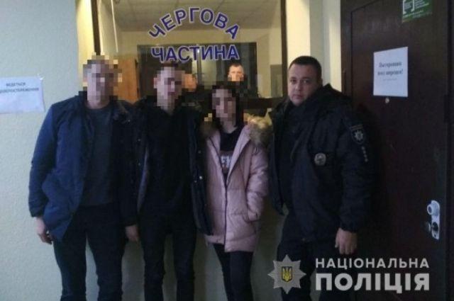 Влюбленных подростков-беглецов из Киева нашли в Одесской области