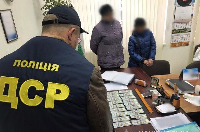 В Херсонской области главу районной ОТГ задержали на взятке